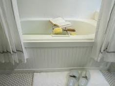 I've wanted to do this for a while -- add beadboard/custom molding to bathtub - instant upgrade