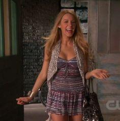 Blake Lively wearing Isabel Marant dress Valentino Spotlight tote. Blake Lively Gossip Girl 4.02 Double Identity.