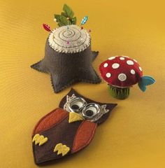 Woodland Sewing Pattern: includes instructions to make a tree stump pincushion, owl scissor case and a whimsical toadstool that conceals a retractable tape measure