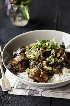 Really tender slow-cooked Indian beef! If you …-Du boeuf à… – Meat Foods Ideas Healthy Ground Beef, Ground Beef Recipes Easy, Slow Cooked Meals, Slow Cooker Recipes, How To Cook Meatloaf, Salisbury Steak Recipes, Exotic Food, Veggie Recipes, Food Photo