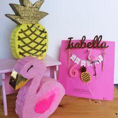 """92 Likes, 19 Comments - PartyIdeas VE (@partyideasve) on Instagram: """"Para el Cumple de Isabella el tema fue muy divertido Flamingos y Piñas!!! Feliz Cumple…"""""""