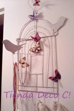Percheros con diseño de jaulas metálicas totalmente artesanales y pajaritos en chapa       Color a elección     55 cm              Jaula...