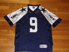 e5508c6783f Size Boys Extra Large✓ See measurements could fit small man◁ Dallas Cowboys  🏈 NFL Tony Romo Preowned Jersey Some wear Reebok 🏉