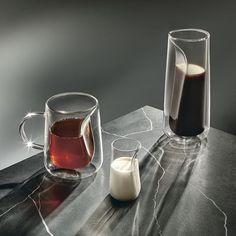 Jenkins & Uhnger ont créé MOMENT - un service à thé et café au design innovant, pour l'Ichendorf Milano CONCEPT...