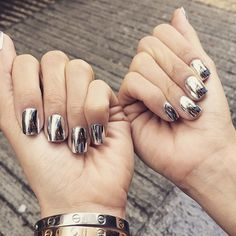 Mirrored Manicures Are the Latest Nail Art Craze You Need to DIY
