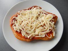 Výborný recept na langoše. Nejlepší langoše, jaké jsem jedla. Langoše jsou krásně měkoučké a nadýchané. Vyzkoušejte tento recept na skvělé langoše ... Spaghetti, Food And Drink, Pizza, Ethnic Recipes, Smoothie, Smoothies, Noodle