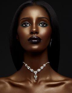 Pin by takia gordon on makeup looks in 2019 dark skin beauty Dark Skin Makeup, Dark Skin Beauty, Beautiful Dark Skinned Women, Beautiful Black Women, Dark Skin Girls, African Beauty, Brown Skin, Black Girls, Beauty Women