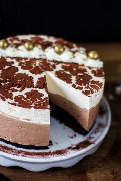 Baileys cake Baileys Cake, Baileys Cheesecake, Chocolate Cheesecake, Sweet Bread, Cheesecakes, No Bake Cake, Tiramisu, Cake Recipes, Cake Decorating