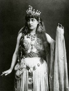 Lillie Langtry - Cleopatra - Antony and Cleopatra - Princess's Theatre in London - 1890-1891