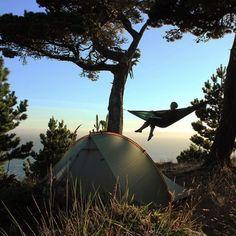 #Hammocks #Hammocklife #HangOut #HammockViews #mountainlife #thegreatoutdoors #naturegram #hikemore