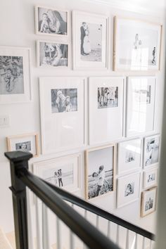31 Hottest Wall Gallery Design Ideas For Perfect Wall Decor Gallery Wall Staircase, Staircase Wall Decor, Staircase Design, Gallery Walls, Staircase Walls, White Staircase, Staircase Makeover, Staircase Ideas, Family Pictures On Wall