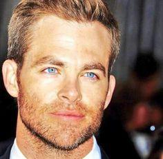 Chris Pine, blue eyes
