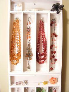 Cutlery Tray Jewelry Hangers (Tutorial) via Mini Manor