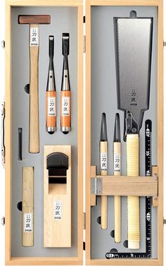 4 Handsome Cool Tips: Woodworking Jigs Power Tools wood working kitchen spaces.W… 4 Handsome Cool Tips: Woodworking Jigs Power Tools wood working kitchen spaces.Woodworking That Sell intarsia woodworking home. Japanese Carpentry, Japanese Woodworking Tools, Japanese Tools, Japanese Joinery, Fine Woodworking, Woodworking Crafts, Woodworking Techniques, Woodworking Furniture, Japanese Chisels