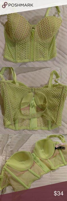 Victoria's secret demi-buste 3DD NWT Victoria's Secret demi -buste front zipper bra.   Lime green with adjustable straps.  Perfect... Victoria's Secret Intimates & Sleepwear Bras