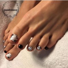 "678 Likes, 2 Comments - Педикюр/идеи педикюра/pedicure (@pedicurchik) on Instagram: ""Автор @panibratova"""