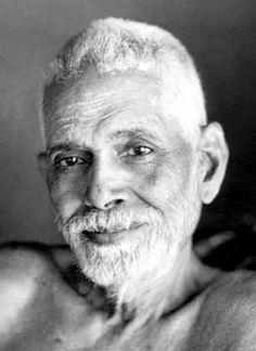 Selon Ramana Maharshi, le corps physique est sans importance. Seul le Soi, pure conscience, doit-être trouvé grâce à la question : « Qui-suis-je? » (Atma Vichara)[1].