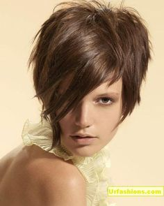 A great look subtle assymetrical and choppy texture.... You can wear a sexy scarf to highlight this look. Funky Short Hair, Short Hair Styles, Funky Hair Colors, Hair Brained, What The Heck, Long Bangs, Hair Affair, Funky Hairstyles, Angles