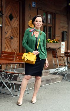 Office look with a pencil skirt, cardigan and bright fresh spring colours