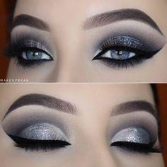 Trendy birthday makeup ideas make up eyeliner ideas Eye Makeup Blue, Eye Makeup Tips, Glitter Makeup, Smokey Eye Makeup, Skin Makeup, Eyeshadow Makeup, Makeup Cosmetics, Makeup Ideas, Makeup Tutorials