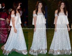 Alia Bhatt Wears Manish Malhotra To Trishya Screwvala-Suhail Chandhok Wedding Indian Dresses, Indian Outfits, Manish Malhotra, Alia Bhatt, Indian Ethnic, Blouse Designs, Indian Fashion, Bollywood, Celebrity Style