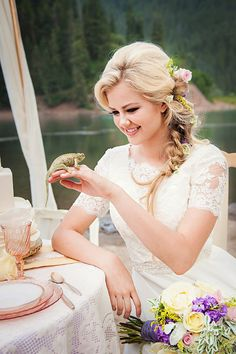 """Incredibly clever """"Tangled"""" themed wedding"""