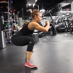 Sumo squat resistance bands