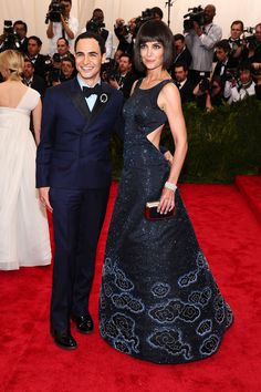 Zac Posen- WHAT is with that brooch? and Katie Holmes omg fab- love the Naruto clouds on the bottom of your dress