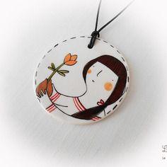 Ciondolo in ceramica con bambina e tulipano realizzato e dipinto a mano