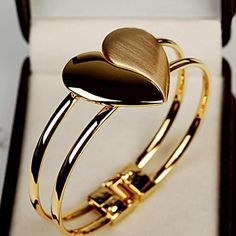 Promotion 2016 New Crystal Charm Heart Bangle Gold Plated Bracelets Bangles for Women Fashion Cuff Bracelets