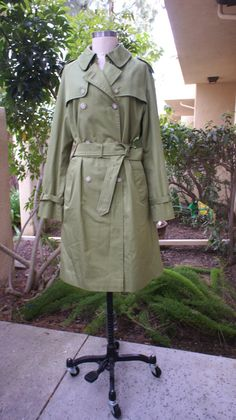 Vintage Green Mackintosh Coat Women's Large Olive or Army Green Trench Coat, Mackintosh Made in Scotland