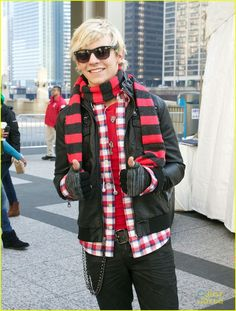 Ross says > I like it< xD