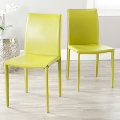 @Overstock.com - Dress up any dining room with these simple green dining room chairs. This set of two dining chairs is covered in a sturdy and easy-to-clean bonded leather.http://www.overstock.com/Home-Garden/Jazzy-Bonded-Leather-Green-Side-Chair-Set-of-2/6585121/product.html?CID=214117 $154.99