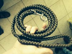 how-to-make-a-paracord-dog-leash-paracord-projects-how-to-make-a-paracord-dog-leash-paracord-projects