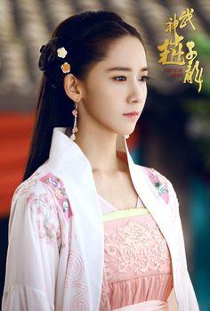 Yoona đẹp hoàn hảo trong 'Võ thần Triệu Tử Long'