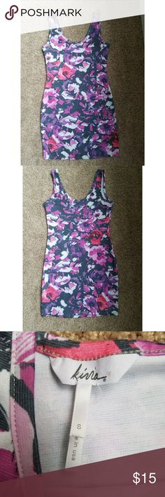 Kirra small floral bodycon dress Very cute dress. If you want measurements feel free to ask! Very small tear under left armpit. Not really noticeable unless your looking for it. Kirra Dresses Mini