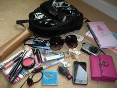 Tips What To Carry In Your Purse