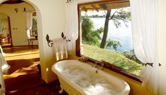 cottage bathrooms | Beautiful River Cottage bathroom