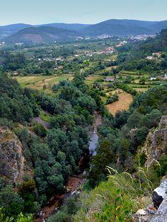 Ceira valley, central #Portugal from Senhora da Candosa viewpoint.