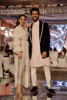 Kartik Aaryan and Kiara Advani turn showstoppers for Manish Malhotra's show WhatsApp us for Purchase & Inquiry : Buy Best Designer Collection from Designer Party Wear Dresses, Kurti Designs Party Wear, Kurta Designs, Party Dresses, Dress Indian Style, Indian Fashion Dresses, Indian Designer Outfits, Indian Wedding Outfits, Bridal Outfits