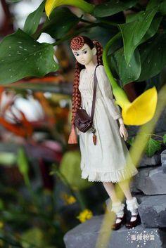 蔷薇粉雪 <Title>Walking in the spring