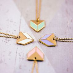 Arrow shape necklace