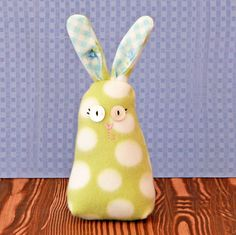 Sweet Bunny DIY Tutorial and Free Pattern