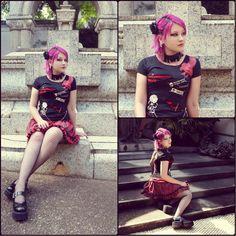 Desirèe B. - Cemetery Girl