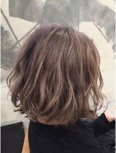 【ボブヘア】くせ毛で広がる人でも似合う髪型20選