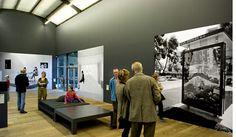 Barbara Visser, Wallpaper (2006). © Gert Jan van Rooij, Museum De Paviljoens