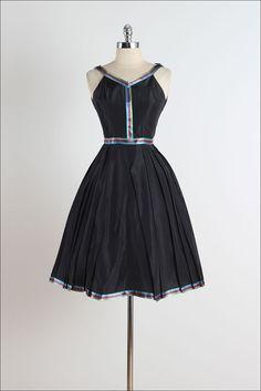 Teena Paige. vestido vintage de los años por millstreetvintage