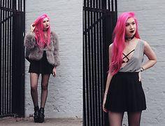 Amy Valentine // Pastel Pink