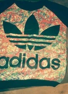 Kup mój przedmiot na #vintedpl http://www.vinted.pl/damska-odziez/bluzy/11767526-nowa-bluza-adidas-sm-hit-lata