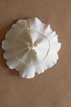 Paper Mushroom Tutorial by Kate Alarcón for Design*Sponge Paper Flowers Craft, Crepe Paper Flowers, Paper Roses, Flower Crafts, Mushroom Crafts, Mushroom Art, Diy Paper, Paper Art, Paper Crafts